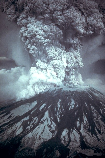 Mount St. Helens ash cloud